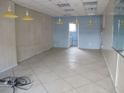 Local commercial Montpellier 38 m2 2/3